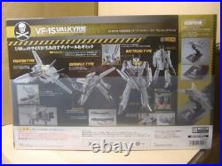 DX Chogokin First Limited Edition VF-1S Valkyrie Roy Focker Special withpedestal