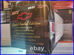 ERTL Collectibles 1971 Chevy Camaro RS Z/28 118 Scale Diecast Car LE 1/1000