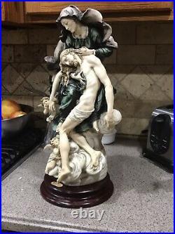 Giuseppe armani figurine La Pieta Retired special Edition