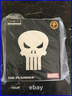 SDCC 2018 MEZCO TOYZ One12 Collective Marvel Punisher Special Ops Edition