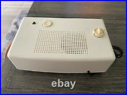 VIntage New 1971 PANASONIC RC-6025 White FLIP CLOCK RADIO Groundhog Day Movie